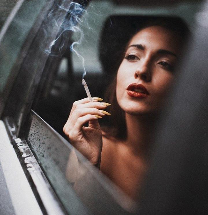 Красивые женщины меркантильны?